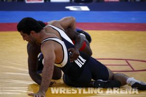 London2012FreestyleWrestling84kgEspinal Gattsiev (13).jpg