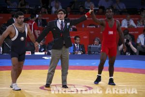 London2012FreestyleWrestling84kgEspinal Gattsiev (60).jpg