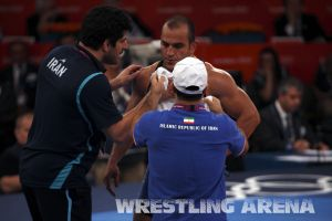 London2012FreestyleWrestling84kg Sharifov Lashgari  (14).jpg