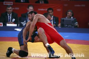 London2012FreestyleWrestling84kg Sharifov Lashgari  (15).jpg