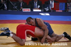 London2012FreestyleWrestling84kg Sharifov Lashgari  (16).jpg