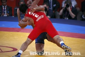 London2012FreestyleWrestling84kg Sharifov Lashgari  (21).jpg