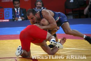 London2012FreestyleWrestling84kg Sharifov Lashgari  (3).jpg
