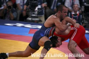 London2012FreestyleWrestling84kg Sharifov Lashgari  (39).jpg