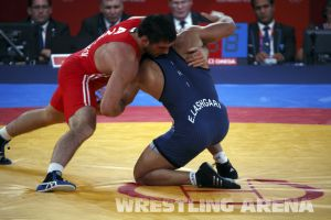 London2012FreestyleWrestling84kg Sharifov Lashgari  (48).jpg