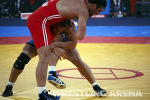 London2012FreestyleWrestling84kg Sharifov Lashgari  (5).jpg