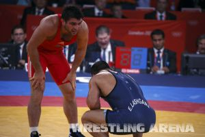 London2012FreestyleWrestling84kg Sharifov Lashgari  (52).jpg