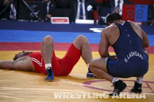London2012FreestyleWrestling84kg Sharifov Lashgari  (54).jpg