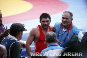 London2012FreestyleWrestling84kg Sharifov Lashgari  (62).jpg