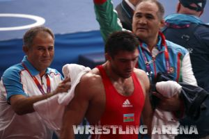 London2012FreestyleWrestling84kg Sharifov Lashgari (63).jpg