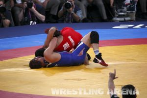 London2012FreestyleWrestling84kgBolukbasi Herbert (44).jpg