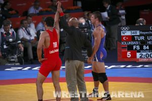 London2012FreestyleWrestling84kgBolukbasi Herbert (70).jpg