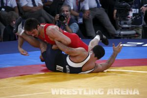 London2012FreestyleWrestling84kgMarsagishvili Gattsiev (30).jpg