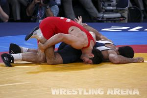 London2012FreestyleWrestling84kgMarsagishvili Gattsiev (34).jpg
