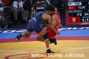 London2012FreestyleWrestling84kgLashgari Bolukbasi (30).jpg
