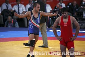 London2012FreestyleWrestling84kgLashgari Bolukbasi (39).jpg