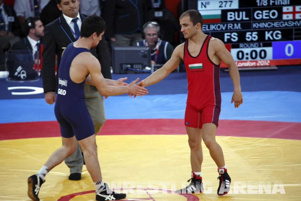 London2012FreestyleWrestling55kgKhinchegashvili Velikov (2).jpg