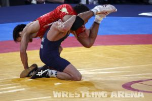 London2012FreestyleWrestling55kgKhinchegashvili Yumoto (22).jpg