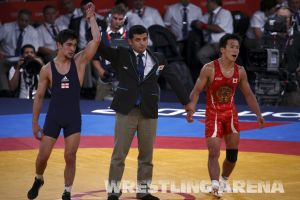 London2012FreestyleWrestling55kgKhinchegashvili Yumoto (32).jpg