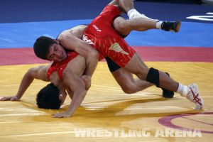 London2012FreestyleWrestling55kgKhinchegashvili Yumoto (7).jpg