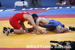 London2012FreestyleWrestling74kgTigiev Motsalin (10).jpg