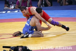 London2012FreestyleWrestling74kgTigiev Motsalin (11).jpg