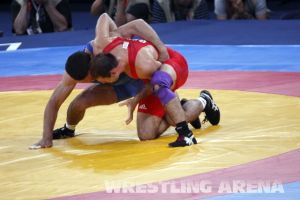 London2012FreestyleWrestling74kgTigiev Motsalin (13).jpg