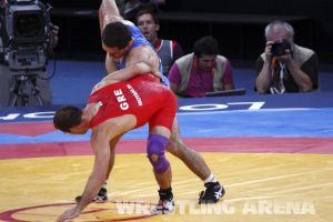 London2012FreestyleWrestling74kgTigiev Motsalin (16).jpg