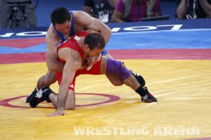 London2012FreestyleWrestling74kgTigiev Motsalin (19).jpg