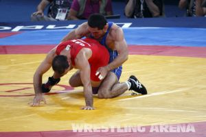 London2012FreestyleWrestling74kgTigiev Motsalin (23).jpg