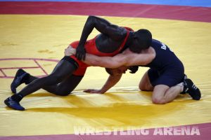 London2012FreestyleWrestling74kgKhutsishvili Midana (12).jpg