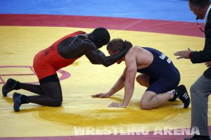 London2012FreestyleWrestling74kgKhutsishvili Midana (13).jpg