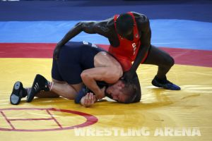 London2012FreestyleWrestling74kgKhutsishvili Midana (5).jpg