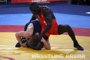 London2012FreestyleWrestling74kgKhutsishvili Midana (8).jpg