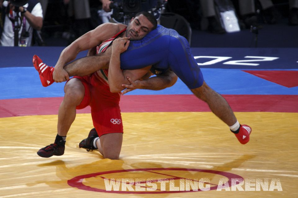 London2012FreestyleWrestling74kgGoudarzi Hatos (2).jpg