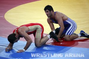 London2012FreestyleWrestling74kgTsargush Aliyev (14).jpg