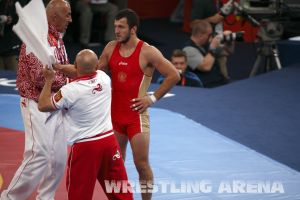 London2012FreestyleWrestling74kgTsargush Aliyev (15).jpg