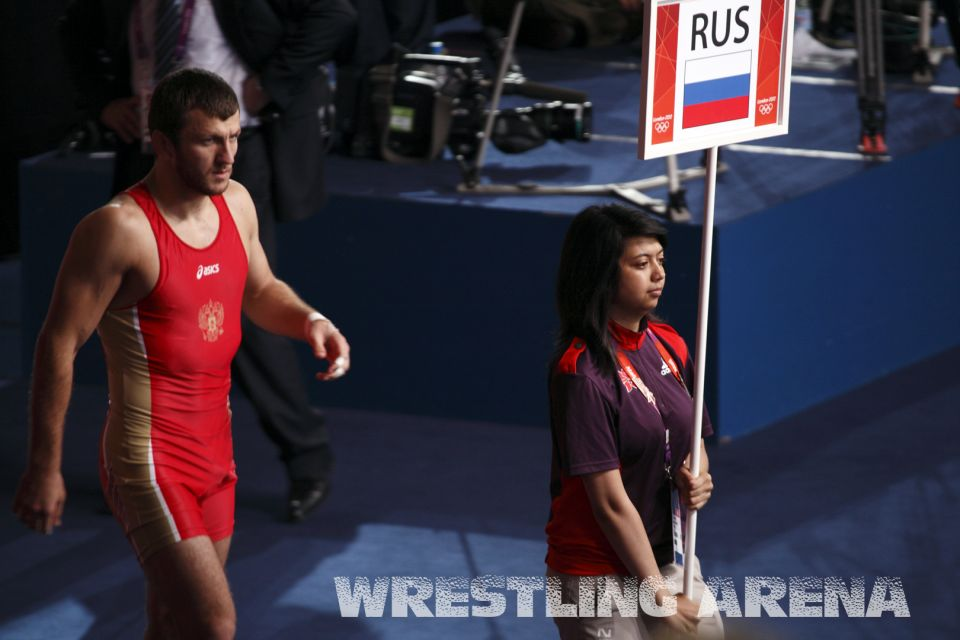 London2012FreestyleWrestling74kgTsargush Khutsishvili (2).jpg