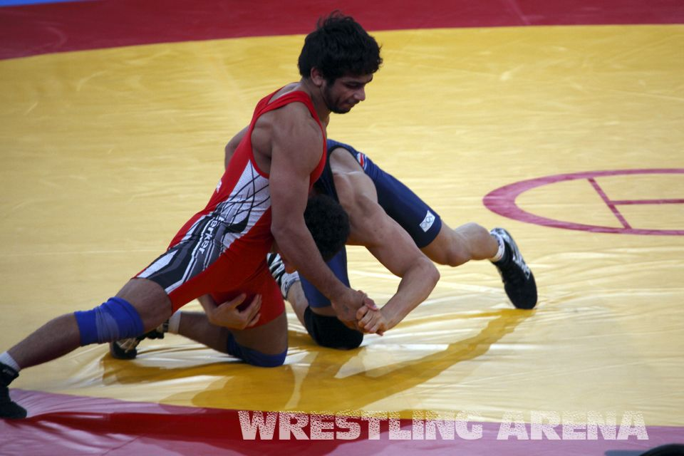 London2012FreestyleWrestling55kg.jpg