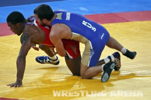 London2012FreestyleWrestling74kgBurroughs Tsargush (11).jpg