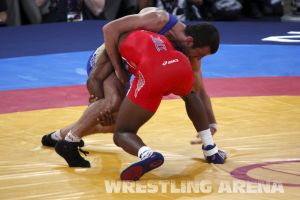 London2012FreestyleWrestling74kgBurroughs Tsargush (27).jpg