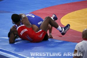 London2012FreestyleWrestling74kgBurroughs Tsargush (38).jpg