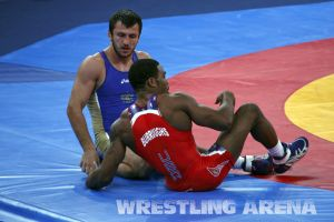 London2012FreestyleWrestling74kgBurroughs Tsargush (39).jpg