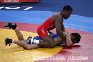 London2012FreestyleWrestling74kgBurroughs Tsargush (56).jpg