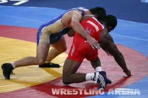 London2012FreestyleWrestling74kgBurroughs Tsargush (58).jpg