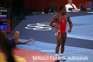 London2012FreestyleWrestling74kgBurroughs Tsargush (65).jpg