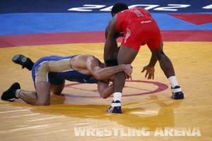 London2012FreestyleWrestling74kgBurroughs Tsargush (9).jpg