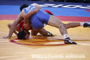 London2012FreestyleWrestling74kgTigiev Terziev (27).jpg