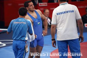 London2012FreestyleWrestling74kgTigiev Terziev (33).jpg