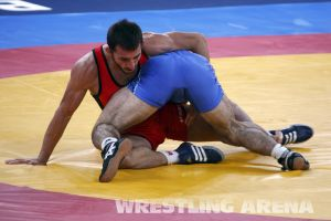 London2012FreestyleWrestling74kgTigiev Terziev (40).jpg